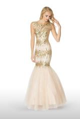 65147 2 Cute Prom