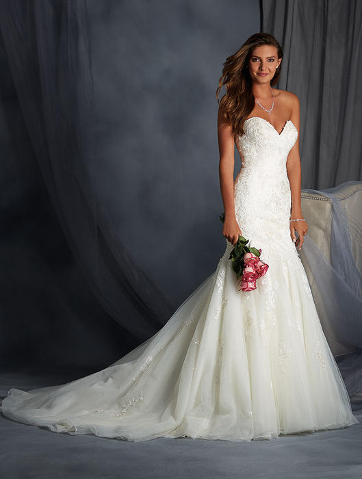 Alfred angelo bridal 2558 alfred angelo bridal collection for Wedding dresses sioux falls