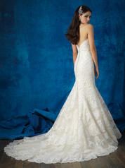9365 Champagne/Ivory back