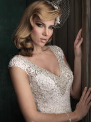 C342 Champagne/Ivory/Silver detail