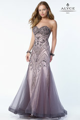 6748 Alyce Paris Prom