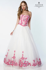 6797 Alyce Paris Prom