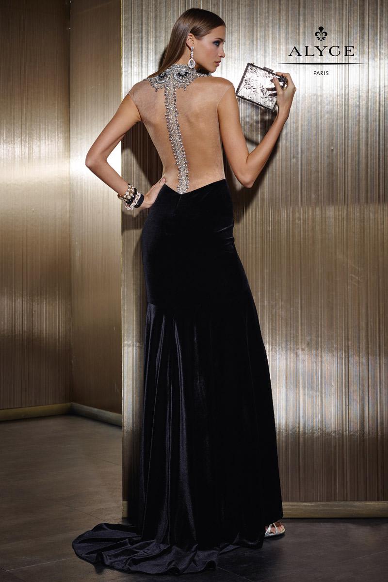 جدیدترین مدل لباس مخمل مشکی مجلسی زنانه