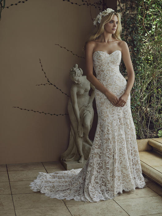 Water Lily - Casablanca Bridal
