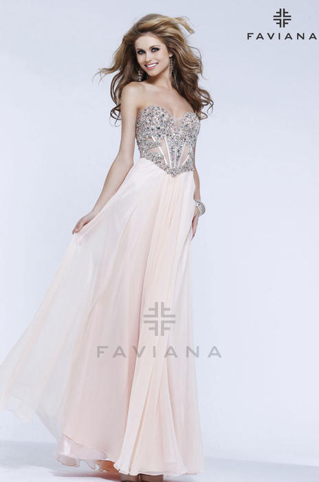 Faviana Glamour at Synchronicity Boutique