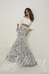 16272 Tiffany Designs