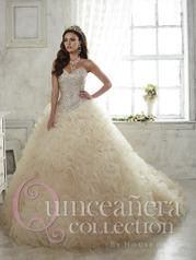 26806 Quinceañera by House of Wu
