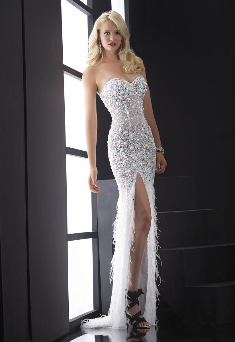 Jasz Couture 4826 Dresses In Stock Ships Today | Jasz Couture Gowns ...
