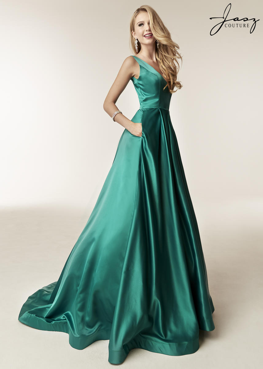 Jasz Couture at The Prom Store in St. Louis Missouri Jasz Couture ...