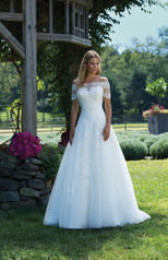3989 Sincerity Bridal