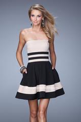 21121 La Femme Short Dresses