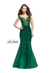 25926 La Femme Prom