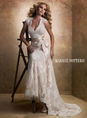 Bronwyn-12623 Ivory Over Light Gold detail
