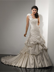 Raylene-JSM1403SS Sottero and Midgley Collection