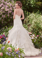Millicent-7RN312 Ivory/Silver Accent back