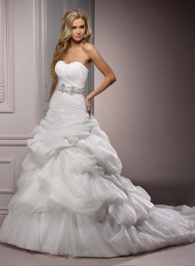 Свадебные платья 2013.