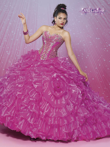 Alta Couture Quinceanera
