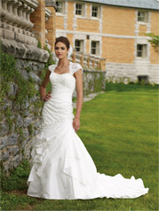 110226-Larissa Mon Cheri Bridal