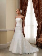 210256-Celia Mon Cheri Bridal
