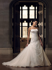 28211-Leecy Mon Cheri Bridals Collection