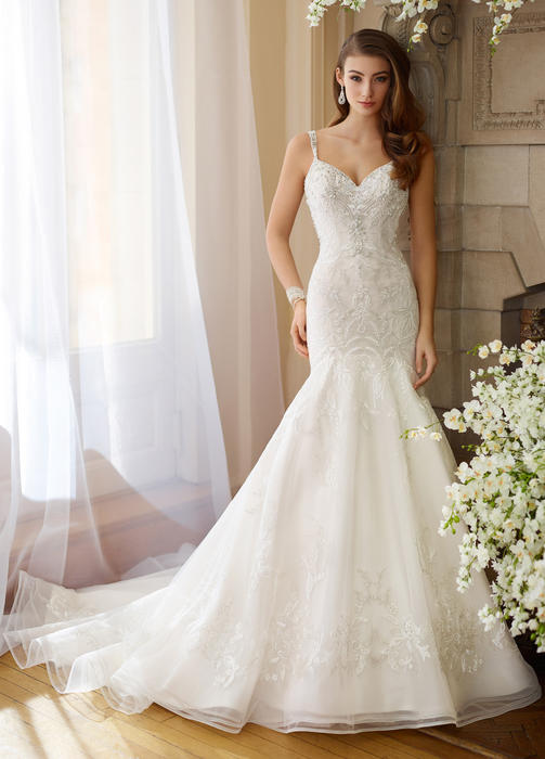 Bess - David Tutera for Mon Cheri Bridal