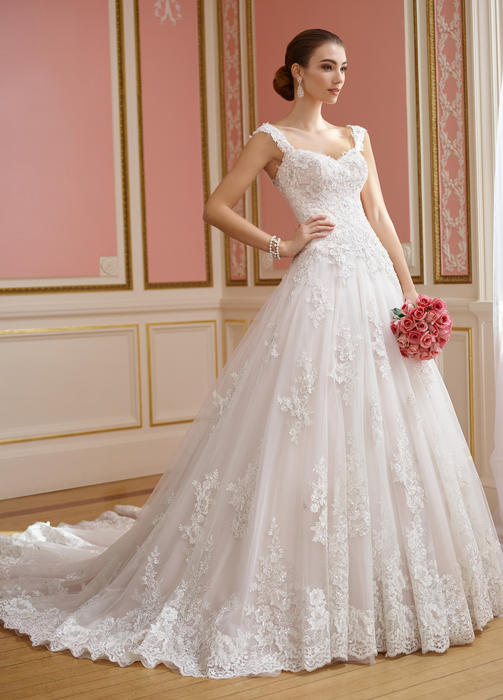 Nellie - David Tutera for Mon Cheri Bridal