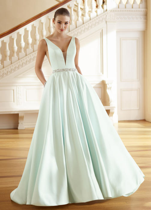 Grace - David Tutera for Mon Cheri Bridal