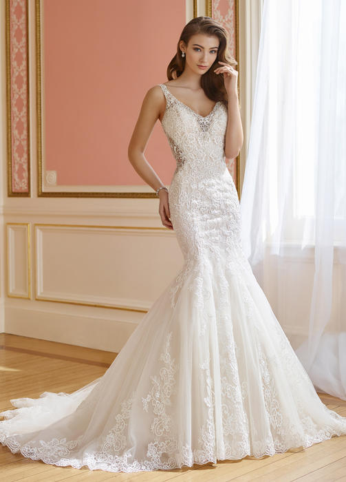 Lela - David Tutera for Mon Cheri Bridal