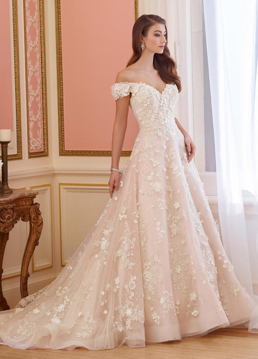 Elnora - David Tutera for Mon Cheri Bridal