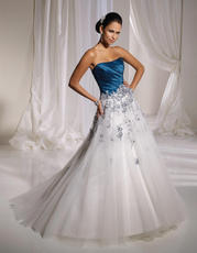 Y11109-Jewel SOPHISTICATED GOWNS