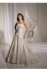 Y11127-Lorne SOPHISTICATED GOWNS