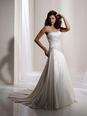 Y11133-Lindy SOPHISTICATED GOWNS