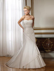 Y21067-Pia SOPHISTICATED GOWNS