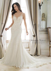 Y11879 Desdemona-Sophia Tolli