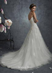 Y21759 Ivory/Nude back