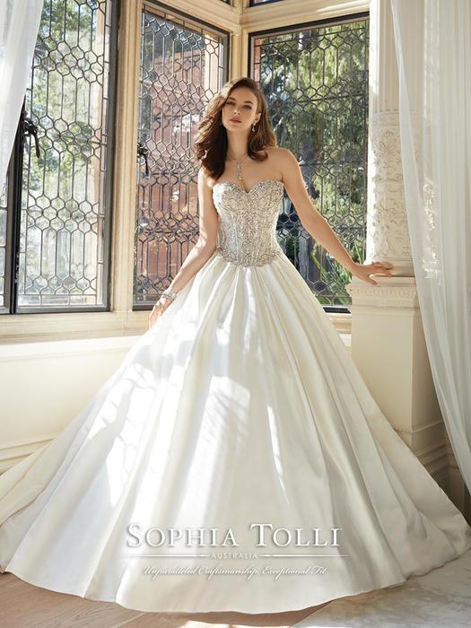 Kendria - Sophia Tolli