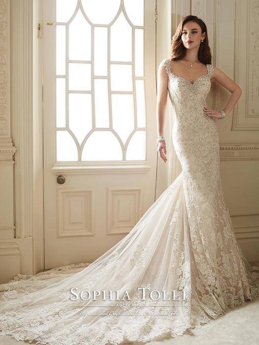 Sultana - Sophia Tolli