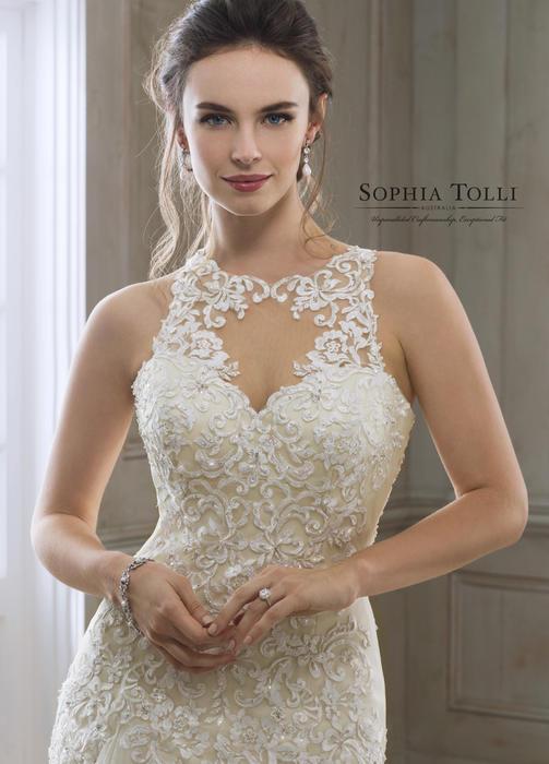 Eleni-Sophia Tolli