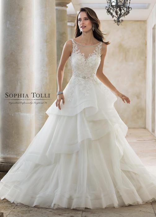 Helia-Sophia Tolli