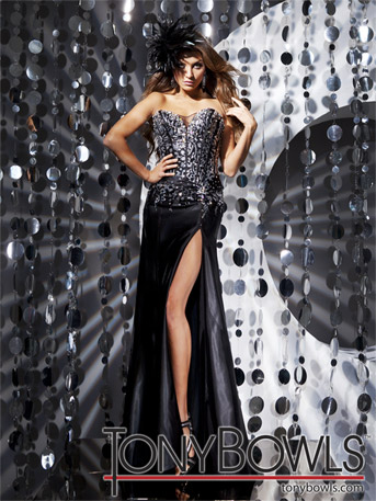 Tony Bowls Paris Dress