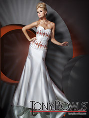 112C01 Tony Bowls Collection