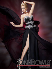 112C04 Tony Bowls Collection