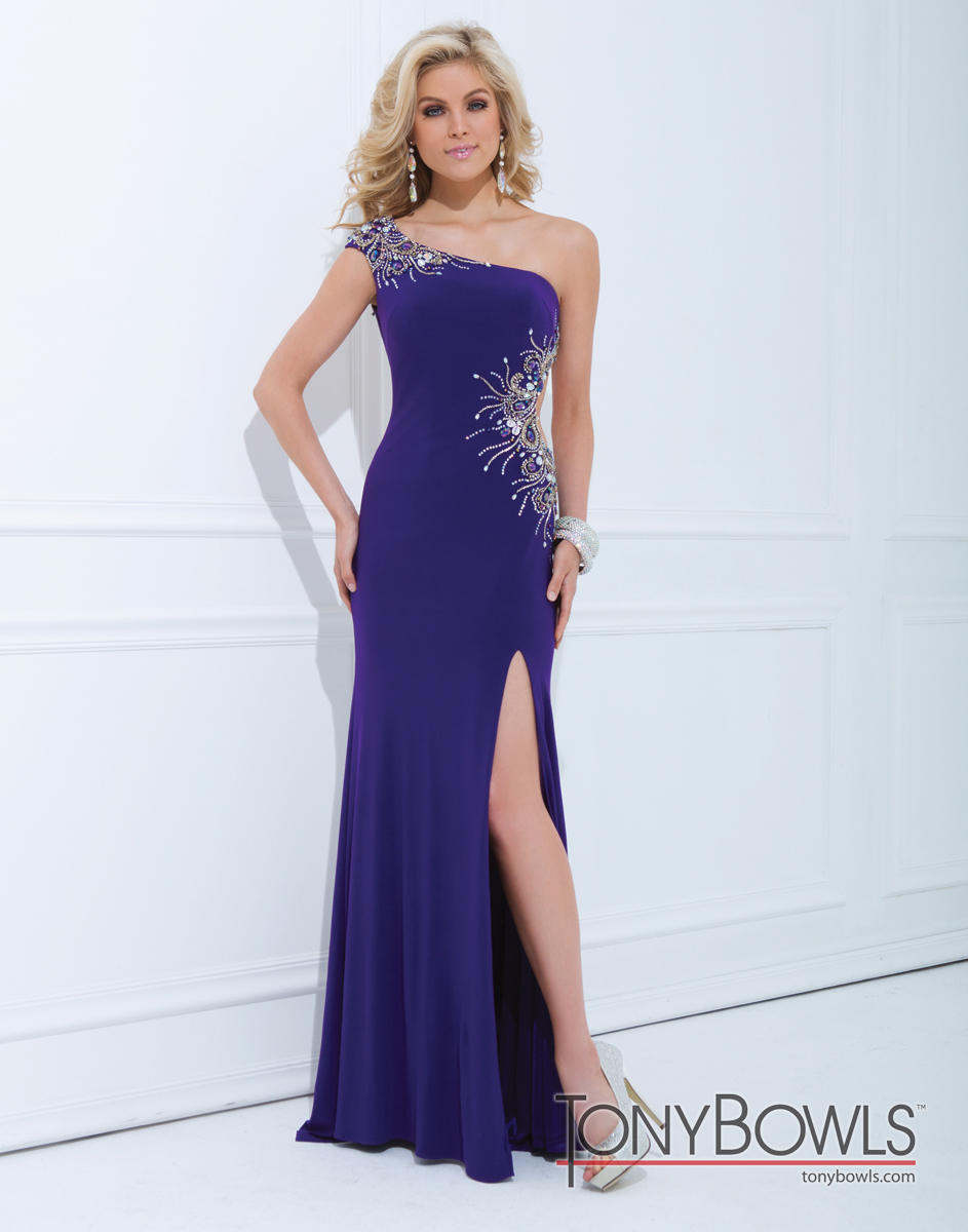Le Gala by Mon Cheri 114549 Tony Bowls Le Gala The Perfect ...
