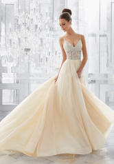 5565 Ivory/Champagne Silver front