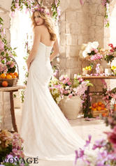 6802 Ivory/Champagne back