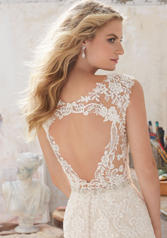 8117 Ivory/Champagne back