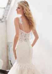 8118 Ivory/Champagne back