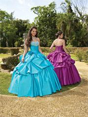 87054 Vizcaya Quinceanera Collection