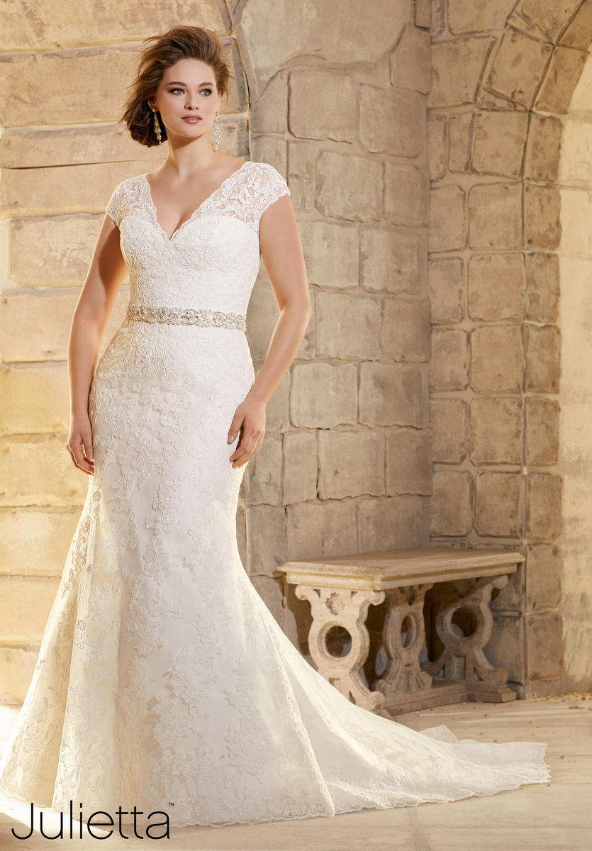 Julietta bridal by mori lee 3183 julietta plus size bridal for Plus size wedding dresses dallas tx